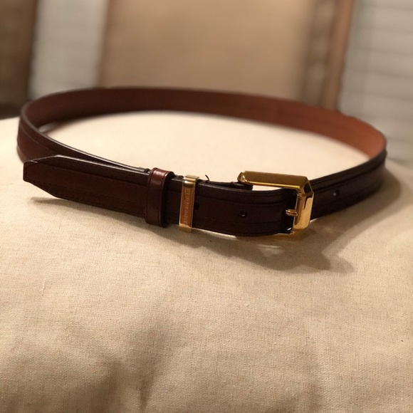 99688d2047aa9 Burberry Accessories - Authentic Classic Burberry Leather Belt